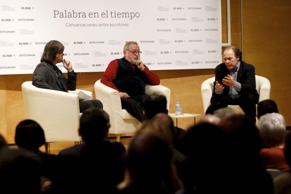 Charla entre Fernando Savater y Javier Marias junto a Jacinto Anton en el Espacio Bertelsmann