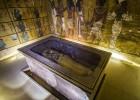Tumba de Tutancâmon tem duas câmaras com restos orgânicos