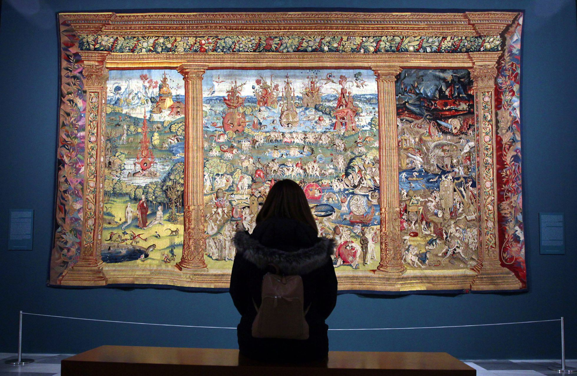 El paraíso, el purgatorio y el infierno', uno de los tapices del Bosco expuesto en el Monasterio de San Lorenzo de El Escorial. Jaime Villanueva