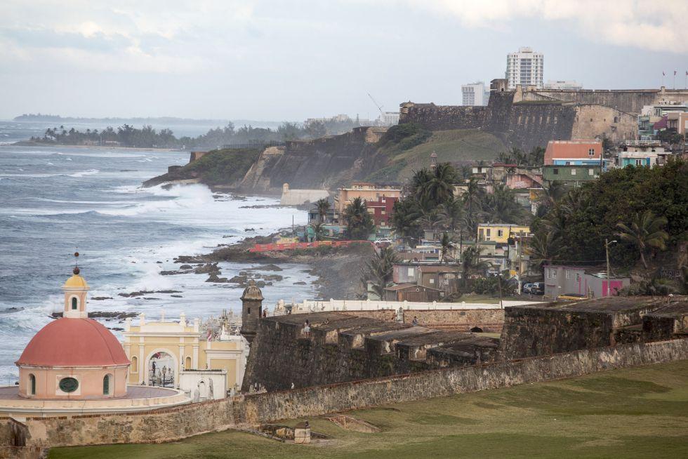 Vista del Viejo San Juan desde el castillo de El Morro en Puerto Rico.