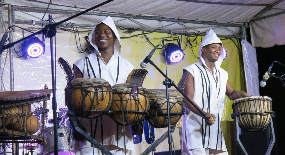 Djarabikan, uno de los dos grupos ganadores del Abiyán Vis a Vis. Tendrán gira por España en verano.
