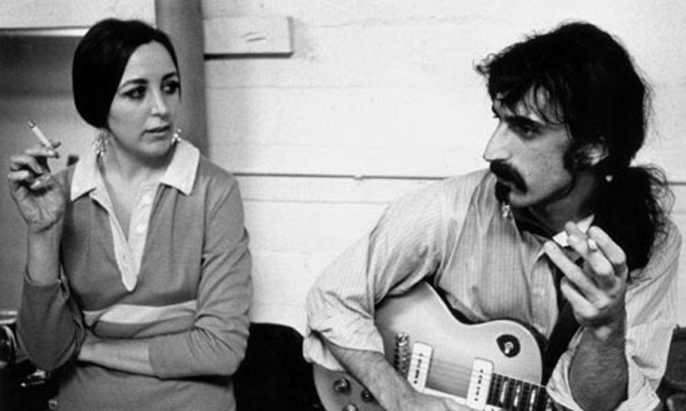 Pauline Butcher con Frank Zappa.