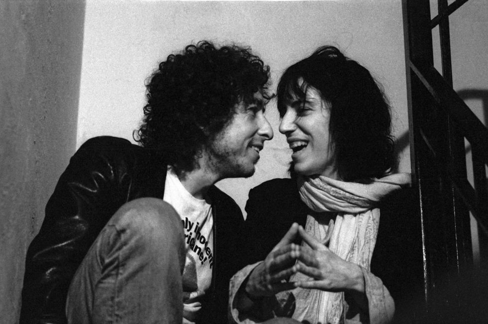 Dylan y Patti Smith en 1975.