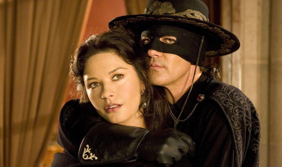 Catherine Zeta- Jones y Antonio Banderas en la película 'La leyenda del Zorro'.
