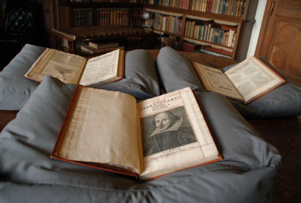 Un ejemplar del First Folio de Shakespeare.