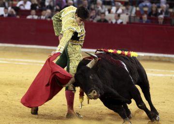 Solo ovaciones para Del Álamo y Jiménez Fortes en la feria de Zaragoza