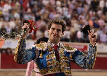Dos orejas para Enrique Ponce en la feria ecuatoriana de Riobamba