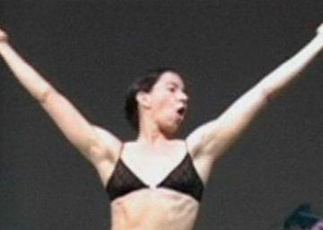 """Andrea Fraser: """"El cuerpo está siempre en juego"""""""