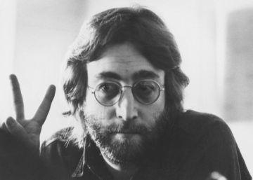 A subasta una carta de Kurt Cobain, letras de Lennon y un piano de Lady Gaga