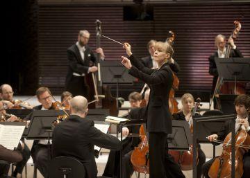"""Susanna Mälkki: """"El género es algo irrelevante para dirigir orquestas"""""""
