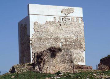 """""""El castillo de Matrera reabre el debate sobre intervenir el patrimonio"""""""
