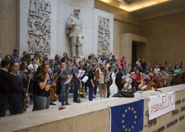 Bruselas deja morir uno de los símbolos culturales de la Unión Europea