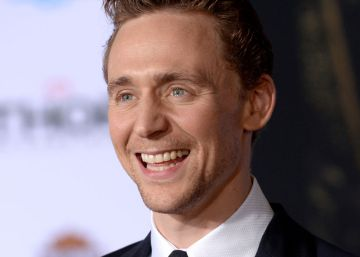 Tom Hiddleston negocia convertirse en el nuevo James Bond