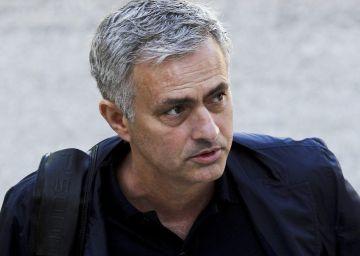 Mourinho pondrá la voz al papa Francisco en una película sobre Fátima