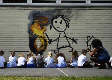 Banksy regala un mural a una escuela de primaria de Bristol