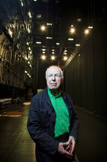 El director Peter Brook, en los Teatros del Canal.