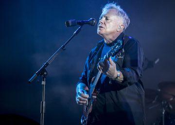 New Order exhibe su clasicismo en la última noche del Sónar