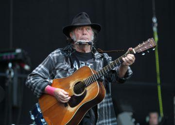 El fuego inconmensurable de Neil Young