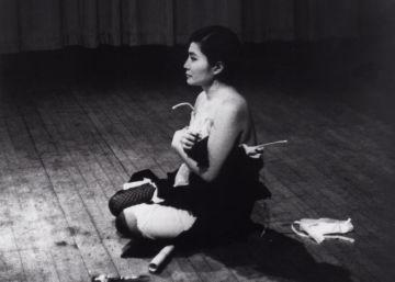 Yoko Ono da instrucciones a Buenos Aires
