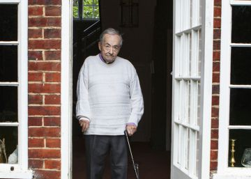 George Steiner, en su casa en Cambridge.