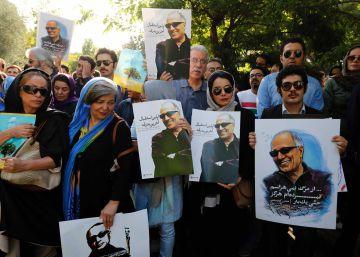 Una multitud despide en Teherán a Kiarostami