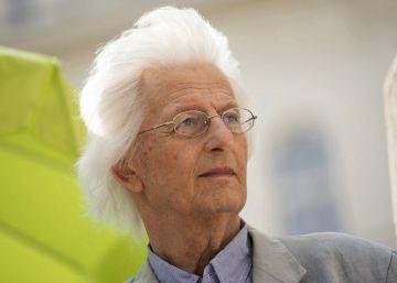 Muere el escritor húngaro Péter Esterházy a los 66 años