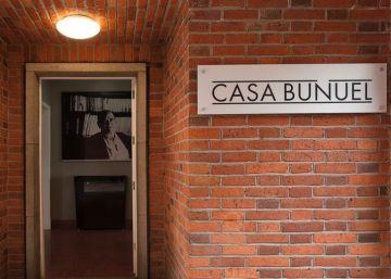 La Casa Buñuel en México busca salir de su laberinto