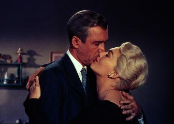 'Vértigo': Hitchcock entrega una turbia historia de 'amour fou'