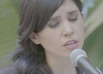 'El PAÍS Suena' canta con Javiera Mena