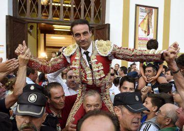 Apoteosis de Ponce en Santander a los sones de la música de Morricone