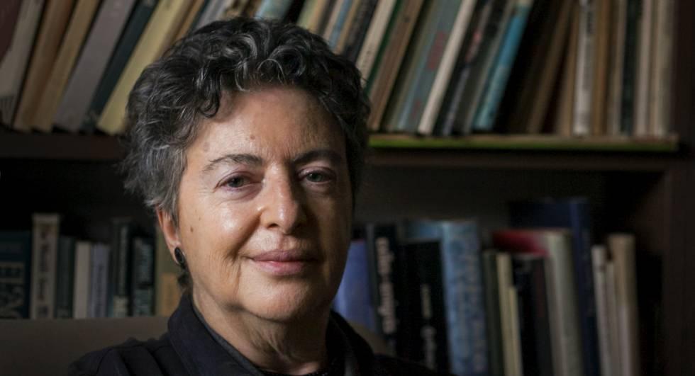 """Bárbara Jacobs: """"Escribir es mi mejor manera de estar en el mundo"""""""