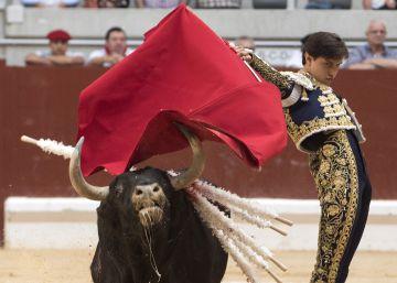 El serio compromiso de Roca Rey tiene premio en la feria de Vitoria