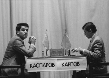 Dos semanas sin papeles en la URSS