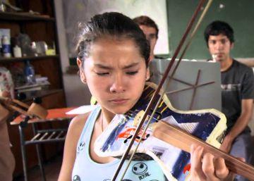 La basura se hace música en Paraguay