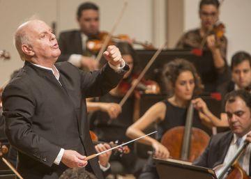 Barenboim cierra gira con Mozart en el Maestranza de Sevilla