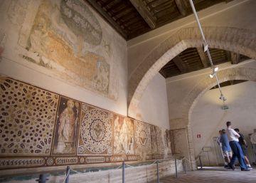 Robados dos azulejos del siglo XVI de un monasterio de Sevilla