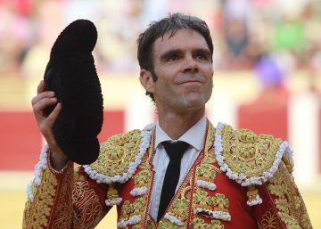 Desangelado homenaje a Víctor Barrio