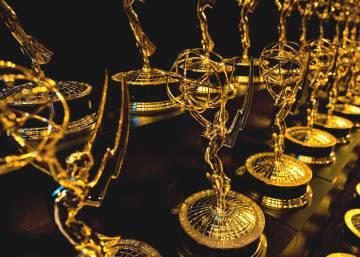 Todos los premiados en los Emmy 2016