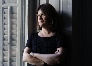 La escritora Rosa Ribas cierra su trilogía con la España de los 50