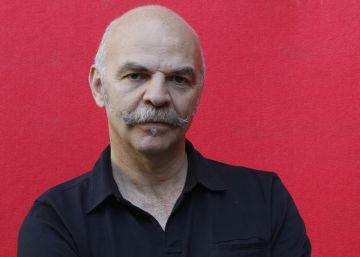 Caparrós gana el premio de ensayo Caballero Bonald por 'El hambre'