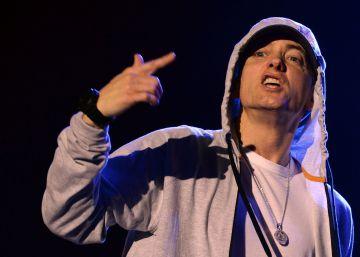 Eminem canta contra Trump