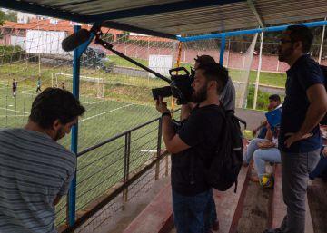 El personal de grabación de Chivas TV