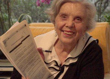 Poniatowska se enfrenta a los informes secretos del régimen priísta sobre ella