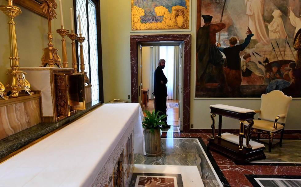 Capilla en el palacio de Castel Gandolfo.