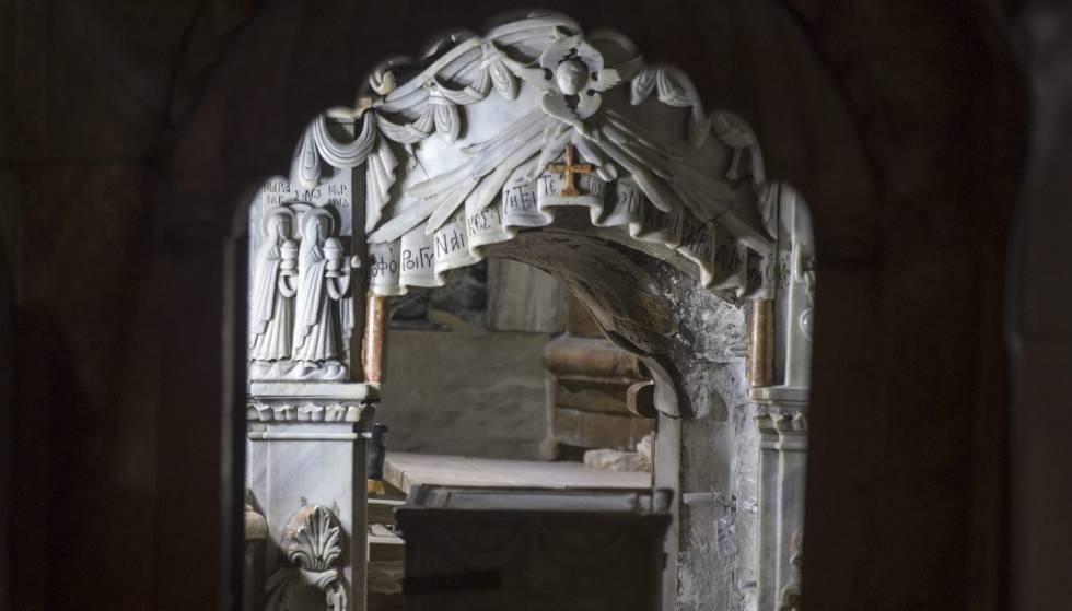 Vista de los trabajos arqueológicos en la tumba de Jesucristo en Jerusalén el 28 de octubre.