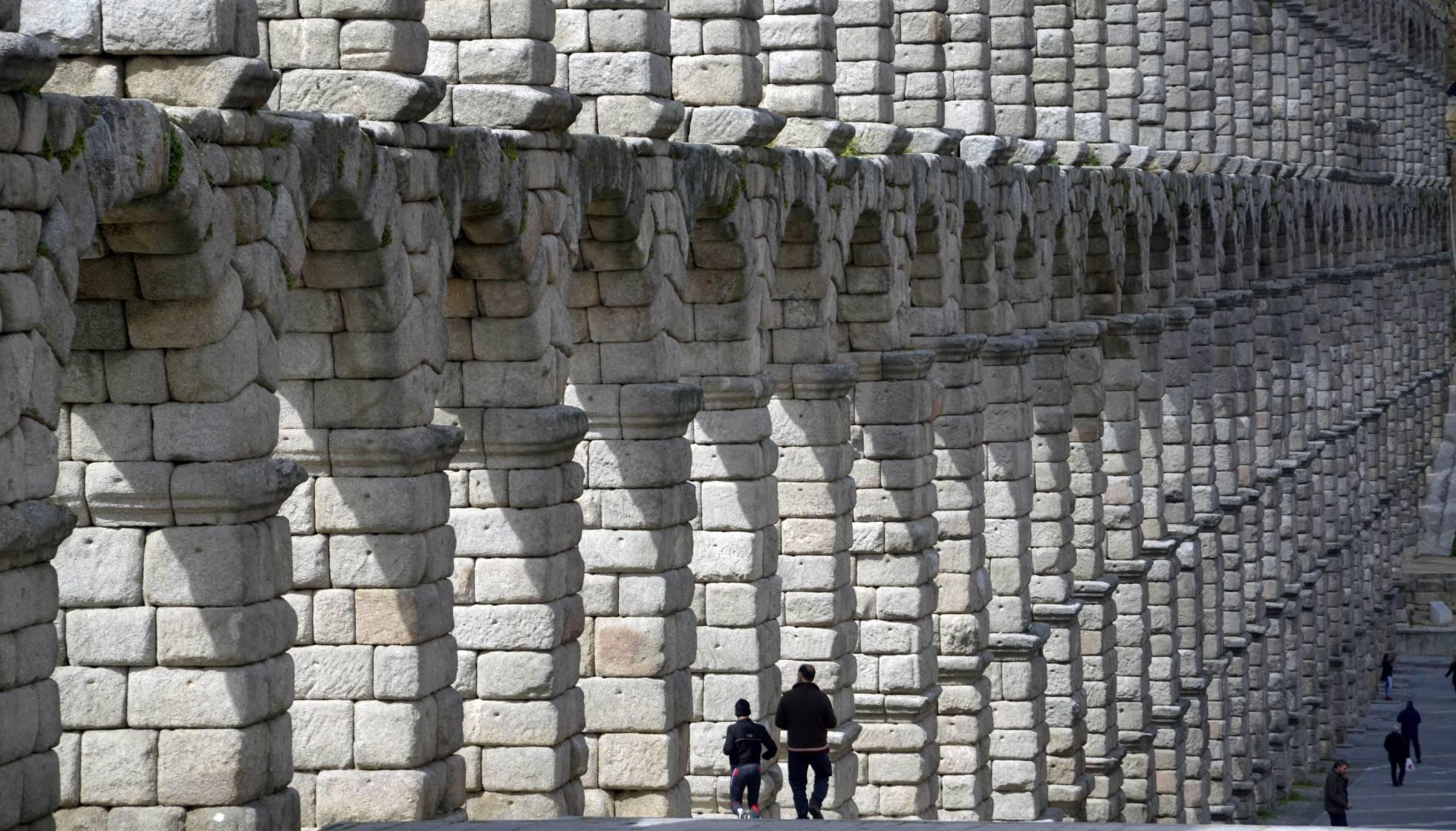 Los arcos del Acueducto de Segovia. A. M.
