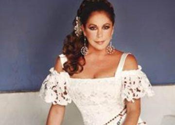 Isabel Pantoja reaparece cantando a Juan Gabriel