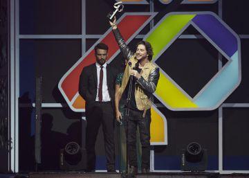 Love Of Lesbian y Manuel Carrasco triunfan en LOS40 Music Awards