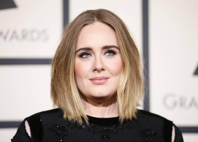 Adele, en la ceremonia de los Grammy de 2016.