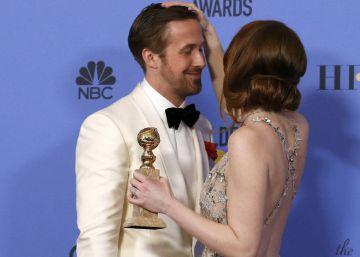 'La La Land' rompe récords y gana siete Globos de Oro